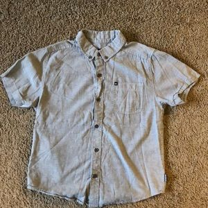 Boys medium button down short sleeve